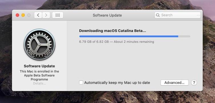 macOS Catalina Downloading